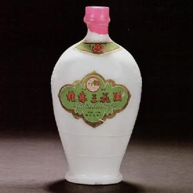 80年代初期产56度500ml瓷瓶桂林三花酒