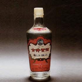 1982年产55度500ml古井牌出口古井贡酒