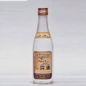 1981年产60度250ml长城牌出口汾酒