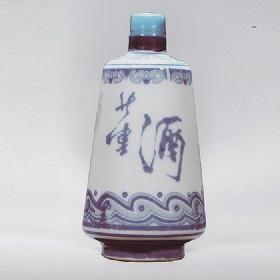 80年代59度500ml瓷瓶董酒