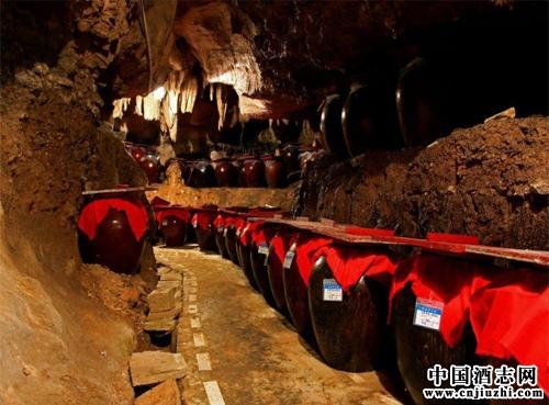 藏酒方法:亿博官网下载地下藏酒的方法