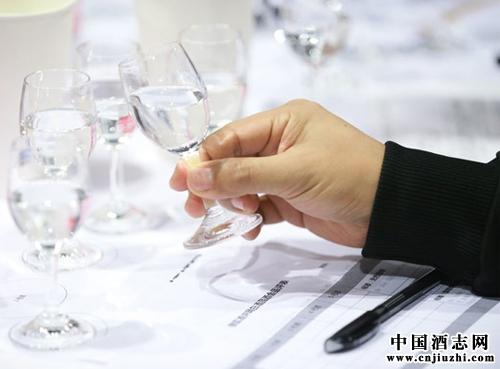 中国历届全国评酒会都分别评比