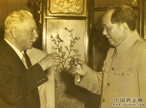 酒文化故事:毛泽东与酒