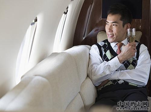 葡萄酒可以带上飞机和火车吗?