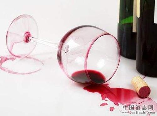 哪些因素影响葡萄酒酒精度高低?