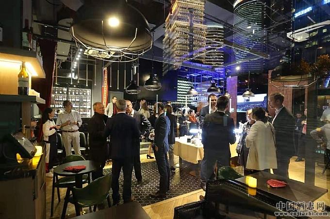 Paradox Restaurant-The Bordeaux Lounge酒吧开业活动现场