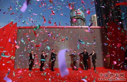徐记海鲜全国布局再迈坚实一步,武汉创业街店盛大开业