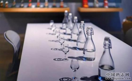 成就一代浓香型白酒经典――古绵纯